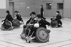 車椅子ラグビー→01